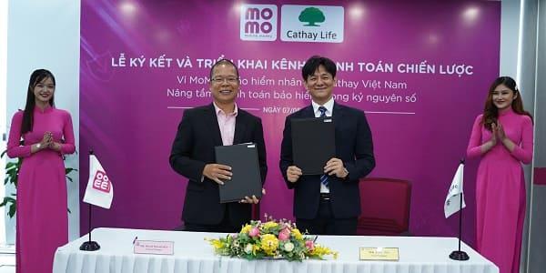 Nộp phí bảo hiểm Cathay Việt Nam ngay trên Ví MoMo