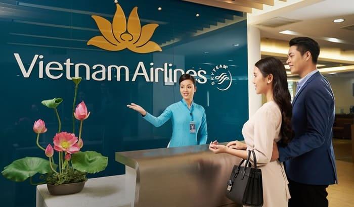 Đặt mua vé máy bay Vietnam Airlines trên Ví MoMo tiện lợi và nhiều ưu đãi