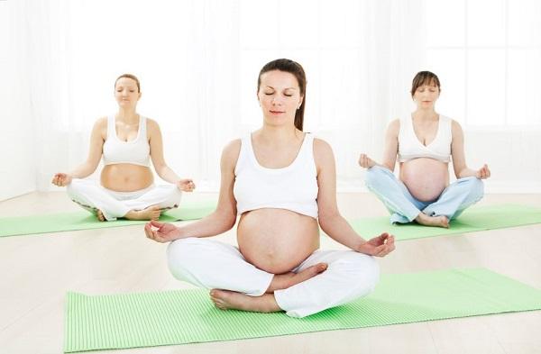 Top 3 khóa học yoga tốt nhất dành cho bà bầu