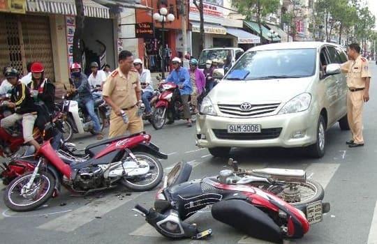 Mua bảo hiểm xe máy, chủ xe nhận được quyền lợi gì?