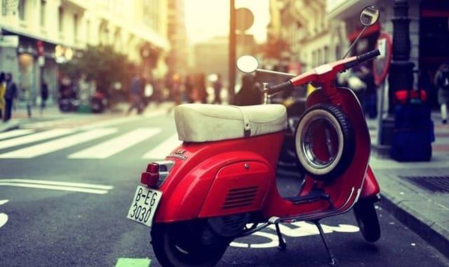 Ngoài bảo hiểm xe máy, bạn cần những giấy tờ gì khi tham gia giao thông?