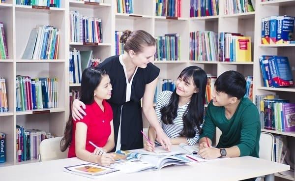 Thực hành Tiếng Anh mỗi ngày với bạn bè