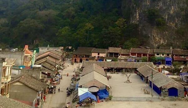 Một số địa điểm tham quan gần Đồng Văn