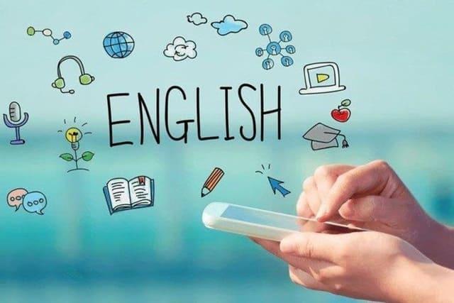 Phần mềm IELTS Writing cung cấp cho người dùng tài liệu và tài nguyên hữu ích để tự học IELTS