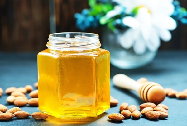 Dùng mật ong để trị cảm cúm