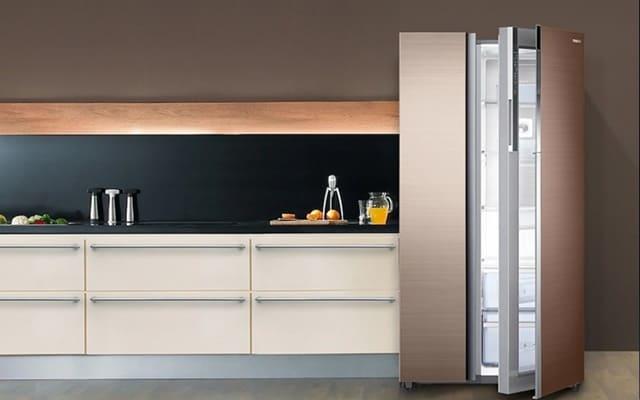 Tránh chọn màu tủ lạnh quá lạc tông so với không gian bếp