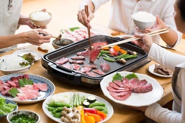 Bếp Chữ Nhật: Mặt Chảo Nướng Rộng Rãi, Sử Dụng Cho Nhiều Người