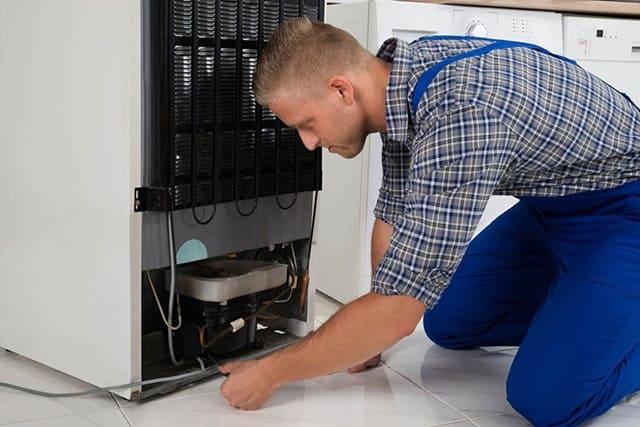 Nên kiểm tra dây dẫn của tủ lạnh cũ đã qua sử dụng