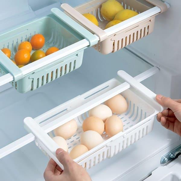 Khi vệ sinh tủ lạnh nhớ vệ sinh kỹ ngăn chứa thực phẩm