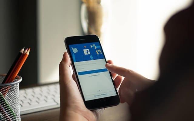 kiếm tiền từ Facebook Ad Breaks đơn giản