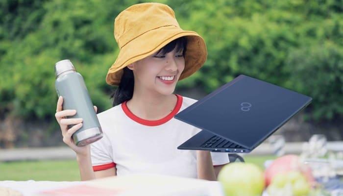 Laptop Fujitsu UH-X i5-1135G7 13.3 inch 4ZR1C14469
