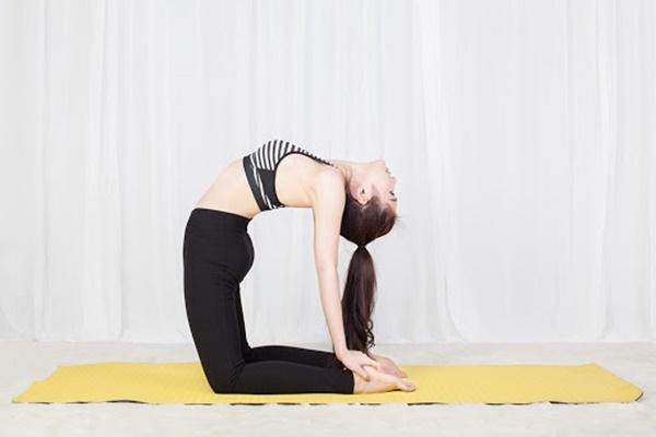 Tập Yoga giúp giảm mỡ bụng hiệu quả