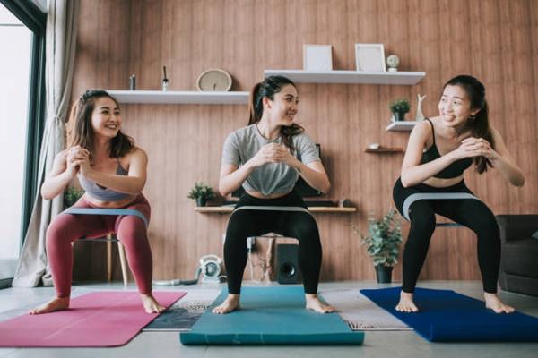 Học Yoga uy tín, chất lượng