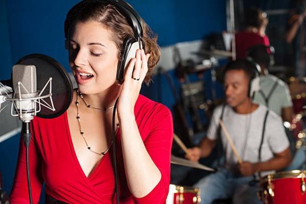 Phát âm là phương pháp tốt nhất giúp cải thiện khả năng hát giọng gió