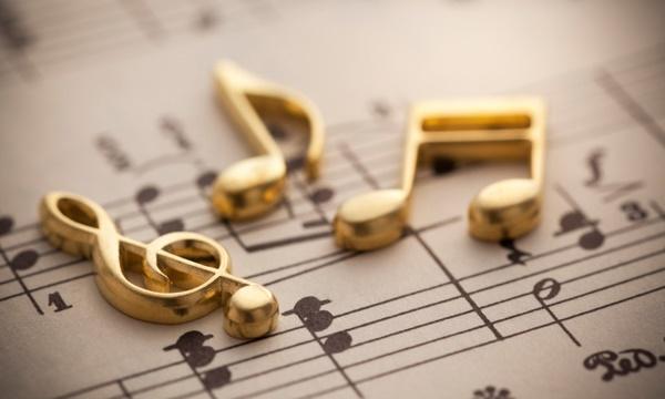 Để vào đúng nhịp bạn cần phải có bổ trợ cho mình thêm kỹ năng cảm thụ nhạc